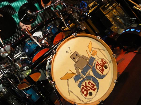 Ska robot bass drum