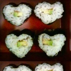 valentines-day-sushi