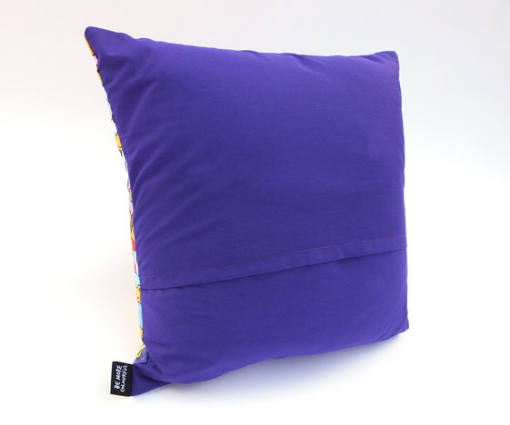 Cakes cushion purple back